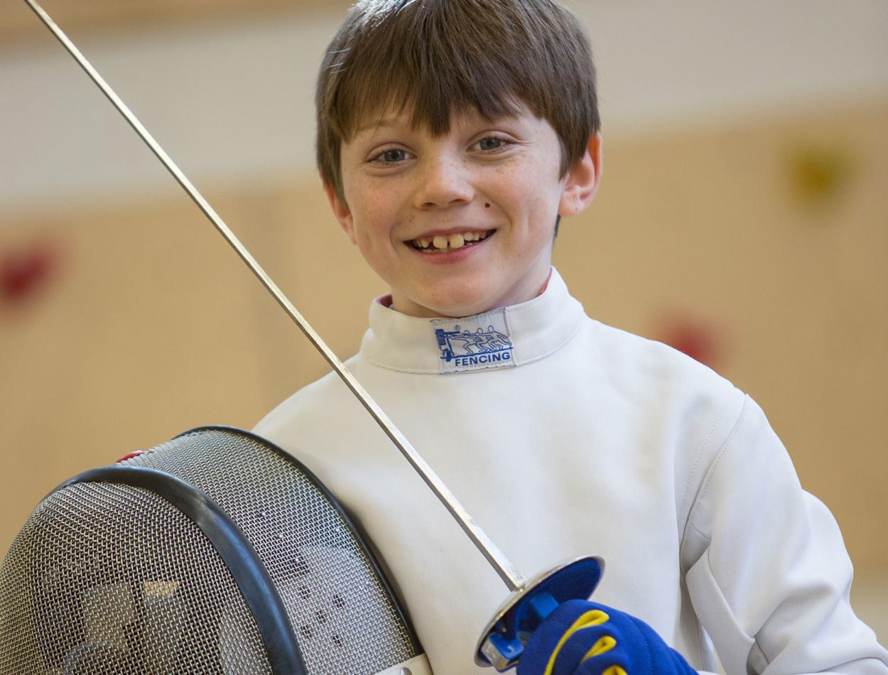 Extra Cuirric Fencing Boy