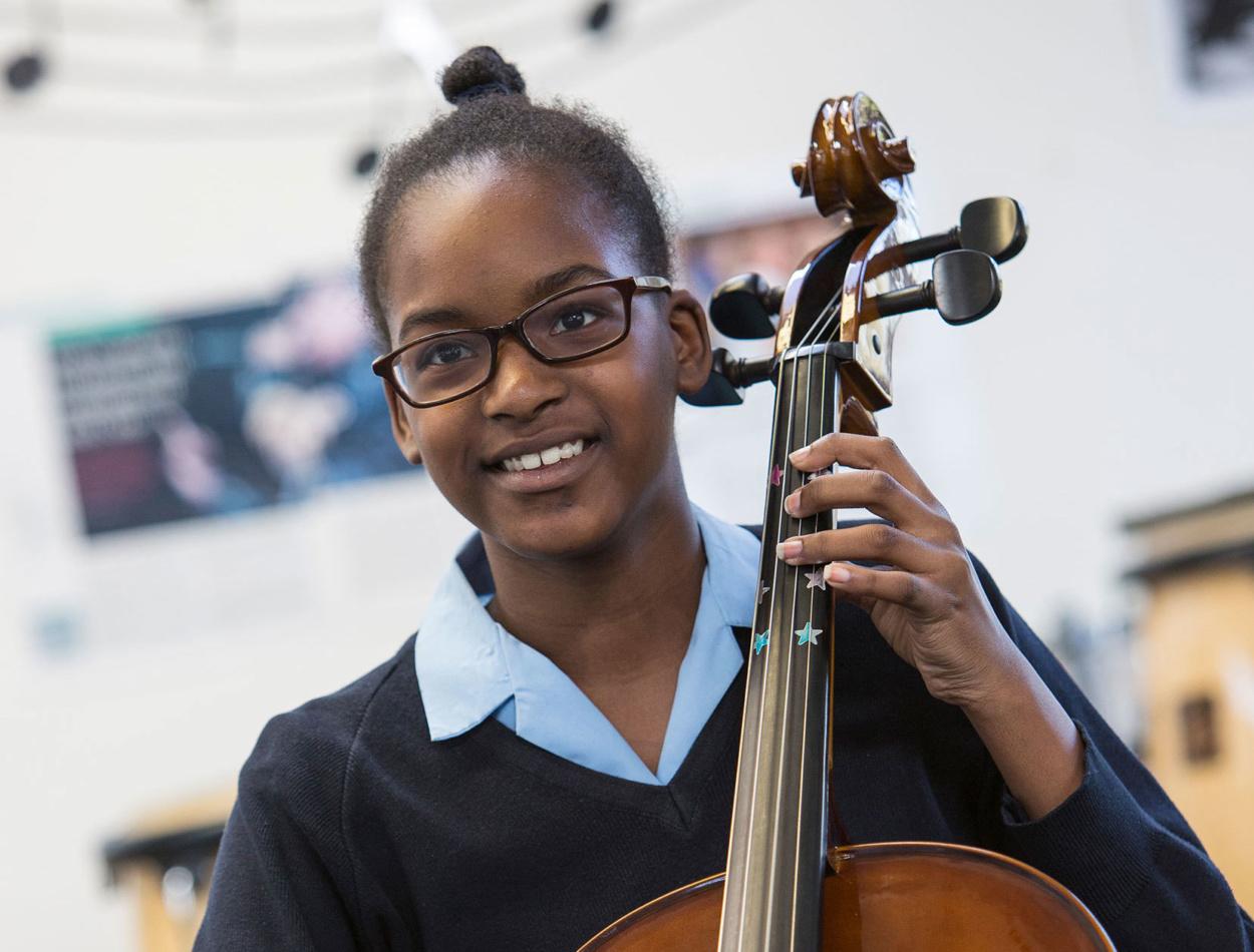 Senior Cello Girl2